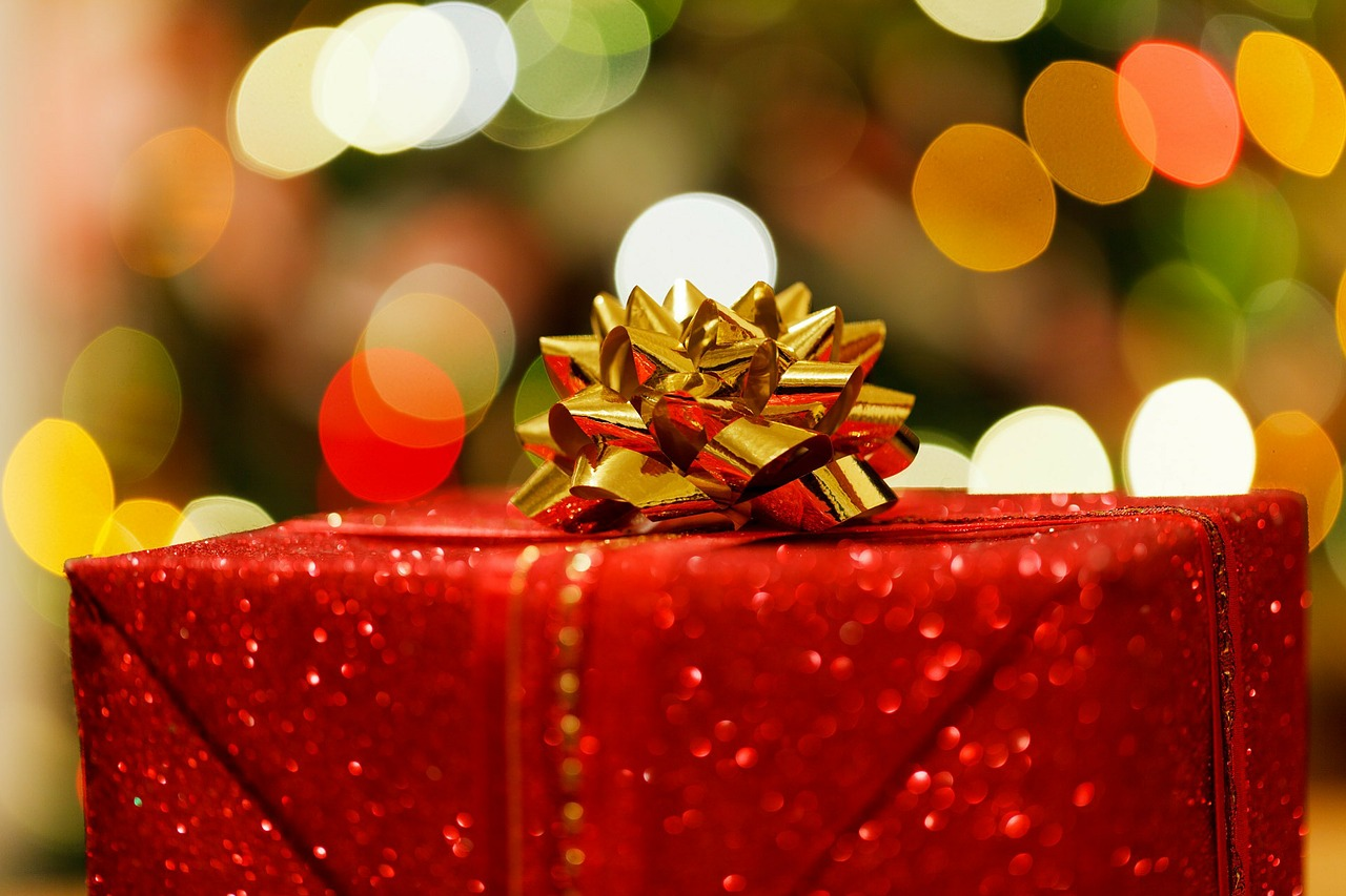 Insurance for holiday gifts Lynnwood, WA